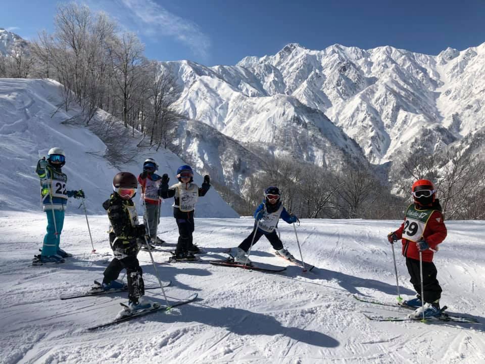 Kids ski lesson at 'Hakuba47' lead by Hakuba47 snow school